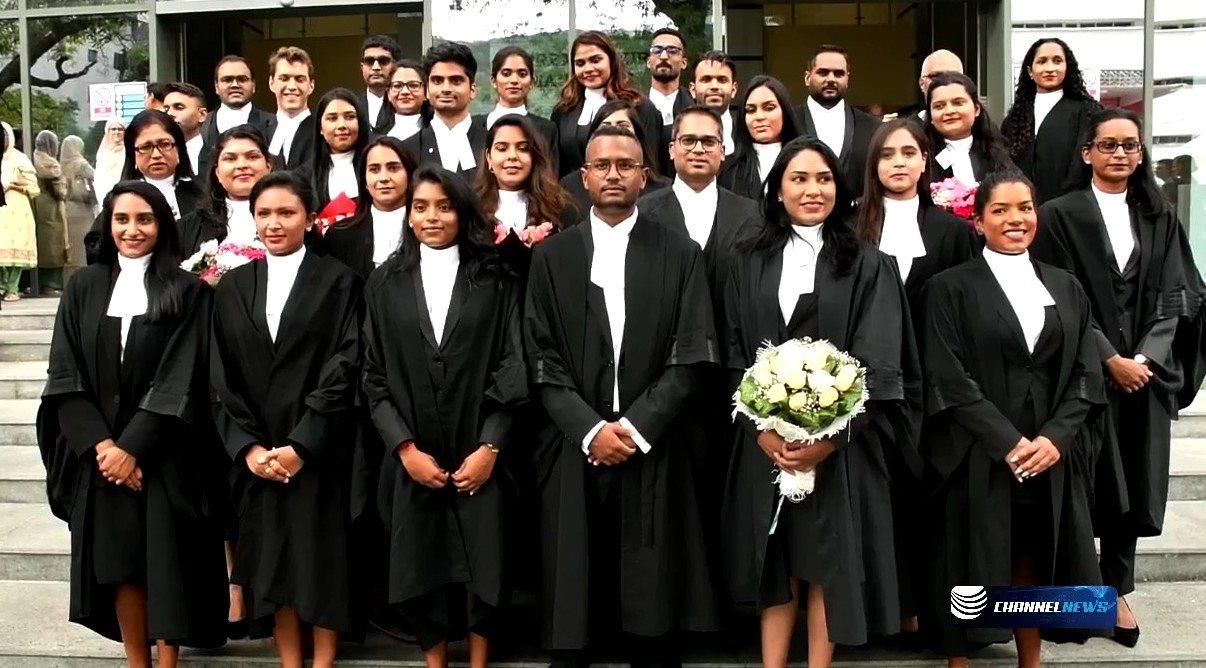 (VIDÉO) 40 nouveaux avocats prêtent serment - ChannelNews