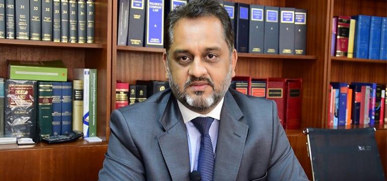 Leader de l'opposition: le nom de Reza Uteem cité - ChannelNews